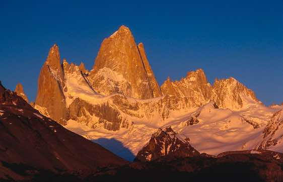 Fitz Roy at sunrise, Laguna Capri, Los Glaciares National Park, Argentina